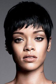 Rihanna- her face is so alienesque and gorgeous. Rihanna Riri, Rihanna Style, Rihanna Pixie Cut, Rihanna Short Hair, Short Pixie, Short Hair Cuts, New Hairstyle Cutting, Curly Hair Styles, Natural Hair Styles