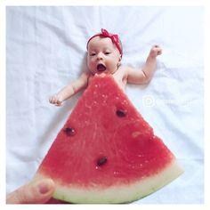 Funny Baby Photos, Monthly Baby Photos, Newborn Baby Photos, Baby Girl Photos, Baby Poses, Cute Baby Pictures, Monthly Pictures, Funny Baby Photography, Newborn Baby Photography