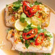 Fish Dishes, Seafood Dishes, Fish And Seafood, Seafood Recipes, Restaurant Dishes, Asian Recipes, Healthy Recipes, Steamed Fish Recipes Healthy, Steamed Food