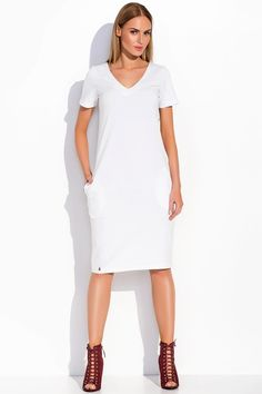 Sukienka Makadamia M294 - biały Stylowa sukienka damska. ...  https://www.mega-ciuchy.pl/sukienka_makadamia_m294_bialy
