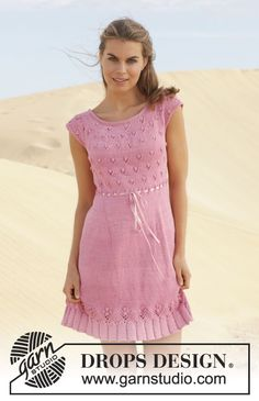 """Knitted DROPS dress with lace pattern and round yoke in """"Muskat"""". Size: S - XXXL. ~ DROPS Design"""