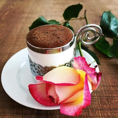 Champagne Wishes and Caviar Dreams Coffee Cafe, My Coffee, Coffee Shop, Coffe Cups, Good Morning Coffee, Coffee Break, Breakfast Tea, Turkish Coffee, Chocolate Coffee
