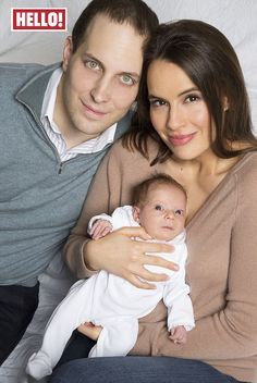Lord Frederick Windsor and his wife Sophie Winkleman pose with their newborn second daughter, Isabella in Hello! magazine