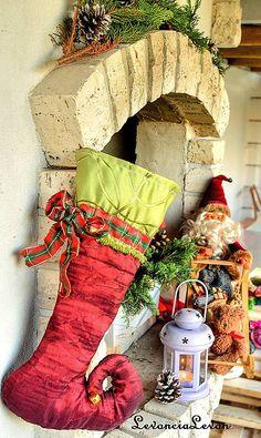 25,- € Christmas Stockings, Holiday Decor, Home Decor, Needlepoint Christmas Stockings, Decoration Home, Room Decor, Christmas Leggings, Home Interior Design, Home Decoration