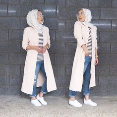 The 'suck it in, break your neck & act natural' pose rolled into one Jacket is from Istanbul and for the rest, tap for deets Islamic Fashion, Muslim Fashion, Modest Fashion, Unique Fashion, Girl Fashion, Fashion Outfits, Modest Wear, Modest Outfits, Cute Outfits