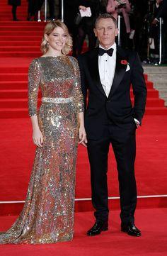 10.26.15  Daniel Craig in Tom Ford w/ co-star Lea Seydoux, in Prada and Chopard jewelry, at 'Spectre' world premiere in London