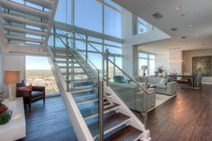 Penthouse Above Downtown W Hotel Offers 'Ultimate CEO Lifestyle' - Curbed…