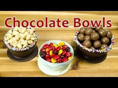 How to Make Chocolate Bowls by Cookies Cupcakes and Cardio (+playlist) Chocolate Garnishes, Chocolate Bowls, Melting Chocolate, Chocolate Dipped, Chocolate Recipes, My Recipes, Sweet Recipes, Dessert Recipes, Cooking Recipes