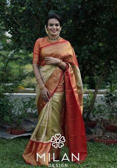 These Real Brides Proved Less Is More In Minimalist Bridal Silk Sarees!! • Keep Me Stylish Bridal Silk Saree, Saree Wedding, Christian Bridal Saree, Minimalist Wedding Dresses, Designer Silk Sarees, Traditional Indian Wedding, Silk Saree Blouse Designs, Simple Sarees, Saree Look