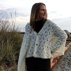 Snowdrift Wrap free for march 2015 Crochet Cape, Crochet Jacket, Knit Crochet, Sport Weight Yarn, Dk Weight Yarn, Capes, Wrap Pattern, Cowl Scarf, Garter Stitch