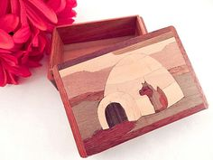Trinket Box Canada Travel Souvenir Artisan by SpringJewelryThings