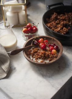 Truskawkowa granola