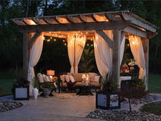 You can learn how to build a pergola with these tutorials! So start planning, and set aside a weekend to build a DIY pergola for your garden! Outdoor Curtains, Outdoor Rooms, Outdoor Living, Outdoor Decor, Outdoor Patios, Outdoor Kitchens, Indoor Outdoor, Outdoor Furniture, Sheer Curtains