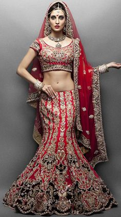 Wedding Lehengas Bridal How To Make Bridal Lehenga A Smart Buy For Women On A Budget. Indian Wedding Gowns, Indian Bridal Lehenga, Mode Bollywood, Bollywood Fashion, Office Fashion Women, Curvy Women Fashion, Mermaid Skirt, Lakme Fashion Week, Bridal Dresses
