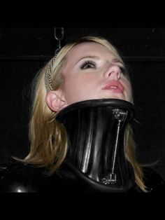 BDSM, KINK & LGBT community for fetish dating. Fetish dating for kinksters who are into BDSM dates, femdom, fetish parties, munches or just a kinky chat Posture Collar, Neck Collar, Catsuit, Latex Boots, Latex Costumes, Slave Collar, Leather Corset, Sexy Latex, Head And Neck