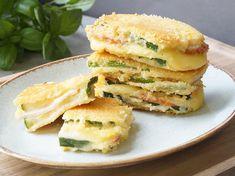 Zucchini Corn Risotto - A Family Feast® - New Ideas Zucchini Cordon Bleu, Tasty, Yummy Food, Salmon Burgers, Keto Recipes, Sandwiches, Food And Drink, Veggies, Meals