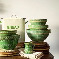 Home Interior Dark .Home Interior Dark Vintage Bowls, Vintage Green, Vintage Decor, Vintage Kitchenware, Mccoy Pottery, Vintage Pottery, Pottery Bowls, The Design Files, Küchen Design