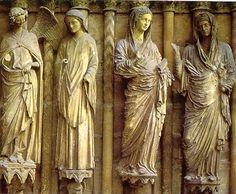 Grupo de la Anunciación y la Visitación.Portada occidental de la Catedral de Reims
