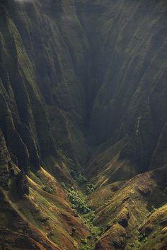 A valley in the Kalalau Trail, Kauai.