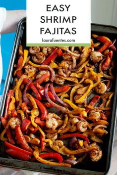 One pan, restaurant-style shrimp fajitas baked in the oven for the healthiest and easiest fajitas ever! #shrimptacos #tacotuesday Fish Recipes, Seafood Recipes, Mexican Food Recipes, Healthy Fajitas, Easy Fish Tacos, Shrimp Fajitas, Fajita Recipe, How To Cook Shrimp, Healthy Dinner Recipes