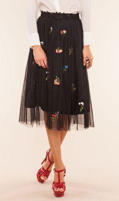 vestidos y faldas de tul   http://stylelovely.com/bdba/2017/03/14/vestidos-faldas-tul/