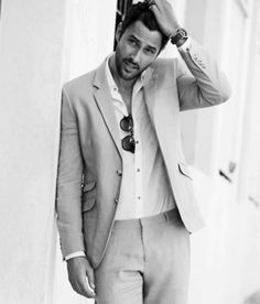 Noah Mills...idk who you are, but yummm!