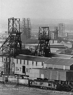 colliery castleford 1960s Coal Miners, England, Barnsley, Peak District, West Yorkshire, Derbyshire, Best Memories, Sheffield, The Neighbourhood