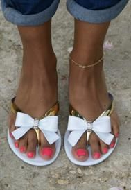 Bow Jelly Flip-Flop Sandals - White