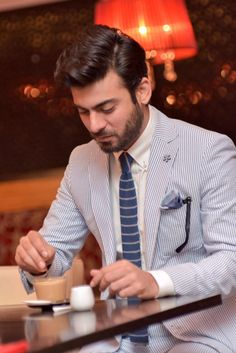 #FawadKhan loves his coffee!! Here he is enjoying a cup of Americana coffee at Chak89.