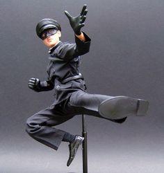 i'm thinking Cake Topper! Bruce Lee Action Figure, Bruce Lee Abs, Bruce Lee Quotes, Jeet Kune Do, Green Hornet, Brandon Lee, Celebrity Couples, Celebrity News, Martial Artists
