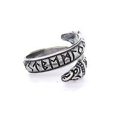 Серебряное кольцо со старейшиной Futhark руны и Дракона.  Викинг рун.  Рунический кольцо.  Серебряные руны.  Старейшина Футарк Руна кольцо