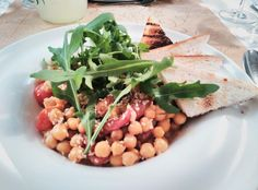 Salata de naut cu ardei copti Vegetables, Food, Salads, Veggies, Essen, Vegetable Recipes, Yemek, Meals
