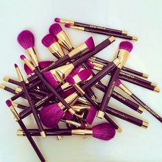Another awesome brush set that is stunning and so soft easy to clean!! Love them
