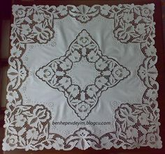 Ponto Preso1: Richelieu - Net - Google Search - Google Search Cutwork Embroidery, White Embroidery, Brother Innovis, Point Lace, Cut Work, Thread Work, Table Covers, Crochet, Needlework