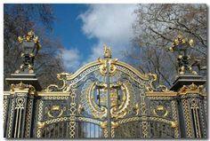 WOW BEAUTIFUL GATE