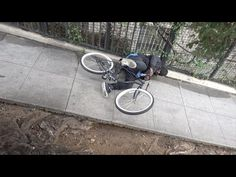 Bike Thieves Get Electrocuted In Hilarious And Brutal Bait Bike Prank - http://goviral.today/bike-thieves-get-electrocuted-in-hilarious-and-brutal-bait-bike-prank/ http://goviral.today/wp-content/uploads/2016/01/bike-thieves-get-electrocuted-in.jpg