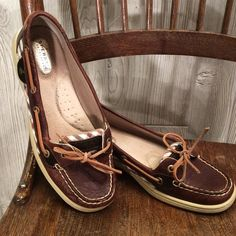 Sperry top-sider shoes Brown leather with brown gingham fabric accent. Very good condition. Sperry Top-Sider Shoes Flats & Loafers