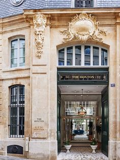In/Out:HoxtonHotel