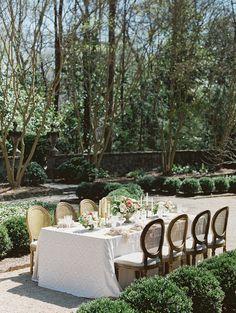 romantic garden wedding - photo by Simply Sarah Photography http://ruffledblog.com/swan-house-spring-wedding-inspiration
