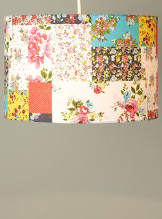 Patchwork lampshade (for bedroom to match Bojagi curtains and AMH quilt for bed) Sewing Projects, Diy Projects, I Love Lamp, American Decor, Sewing Studio, Cool Rooms, Cool Lighting, Lampshades, Boho Decor