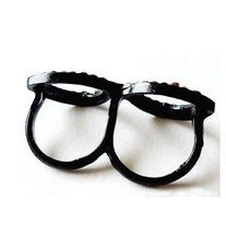 This cute nerdy glasses with bling has rhinestones embedded on it #ring #trendy #style #charmsandstyle #fashion  Metal Color: Black Zinc Plated Diameter:  1.67cm and 1.7cm