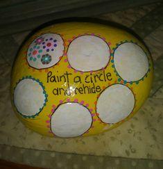 pass along rock. Pebble Painting, Pebble Art, Stone Painting, Painted Pavers, Painted Rocks Craft, Painted Stones, Rock Painting Ideas Easy, Rock Painting Designs, House On The Rock