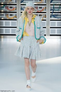 Chanel spring/summer 2017 collection – Paris fashion week. #runway #chanel #fashionweek #paris #pfw #fabfashionfix