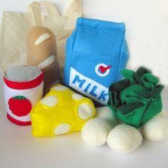 Resweater: Tutorial Tuesday - Felt play food - Bug Bites Play Food