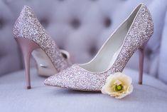 Hochzeit in Rosegold | #Brautschuhe