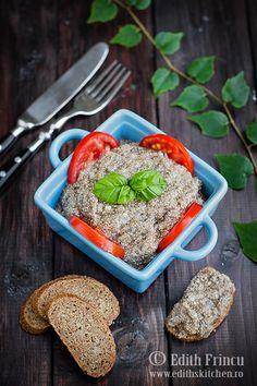 salata e icre de chia Raw Vegan Recipes, Cooking Recipes, Vegan Food, Dessert Recipes, Desserts, Guacamole, Green Beans, Sandwiches, Good Food
