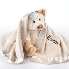 Invite this little piggy over to snuggle with your little one! A great baby shower gift, this piggy-themed set comes with an adorable plush piggy and a matching blanket.