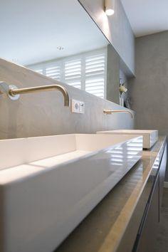 Badkamer/slaapkamer | Stukadoorsbedrijf Frits Kool te Veenendaal voor wand- en plafondafwerking, pleisterwerk, sauswerk, beton look, frescolori