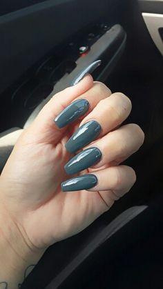 Coffin shaped nails. Grey nail polish
