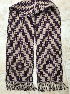 Deflected Double Weave by Mary Bentley, 8 shafts, alpaca